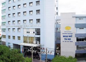 Trường Đại học Ngoại ngữ Tin học TPHCM - Điểm chuẩn 2020, Học phí, Ngành đào tạo, Review, thông tin tuyển sinh