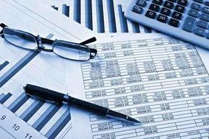 Ngành Kế toán là gì? Học những gì? Gồm những chuyên ngành nào? Ra trường làm gì? Lương bao nhiêu? Có dễ xin việc không?