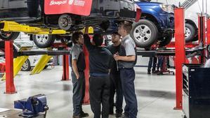 Các trường đại học có ngành công nghệ ô tô đào tạo chất lượng đáng học nhất
