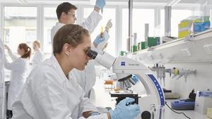 Các trường đào tạo ngành xét nghiệm y học uy tín, chất lượng nhất