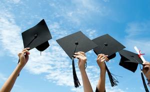 Các trường đại học ra trường dễ xin việc nhất hiện nay