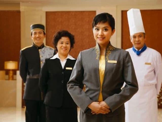 Việc làm ngành quản trị khách sạn - ViecLamVui