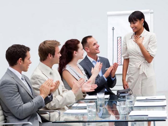 Tiêu chí đánh giá nhân viên kinh doanh - ViecLamVui