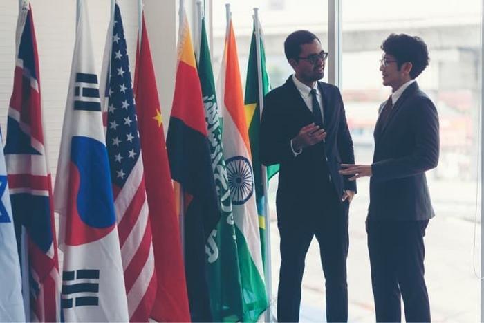 Ngành quan hệ quốc tế học trường nào - ViecLamVui